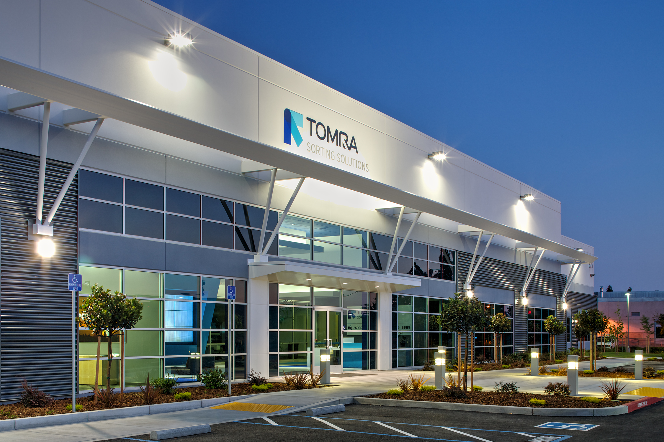 TOMRA Sorting Solutions North American Headquarters Wins 2014 TCA Award