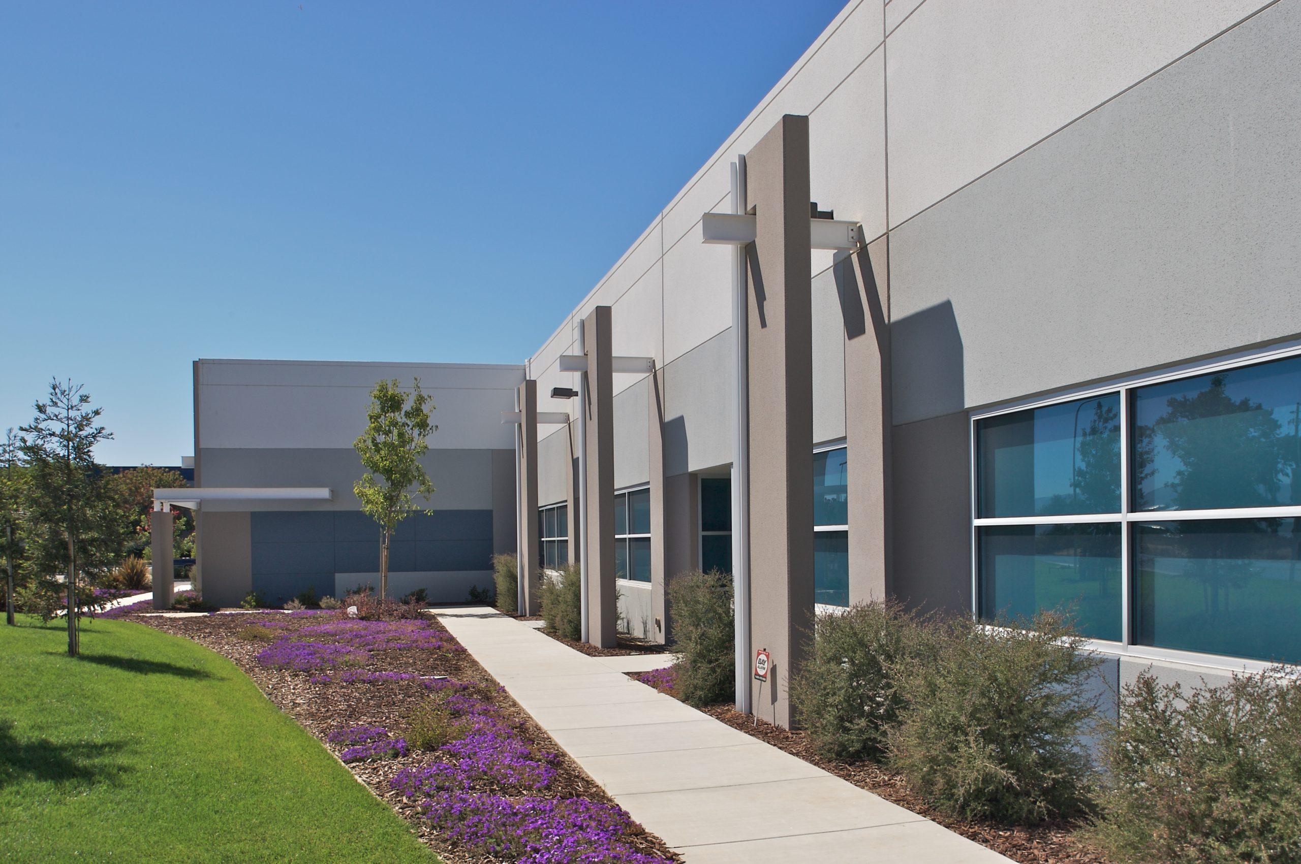 Solano Commerce Center