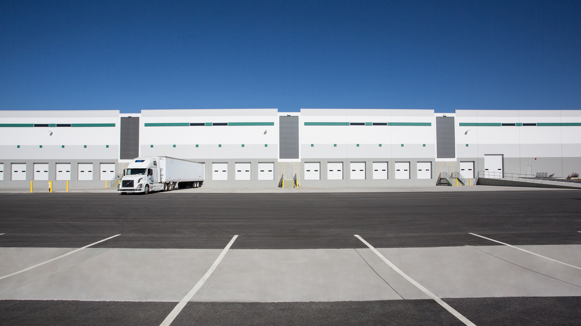 Prologis Global Trade & Logistics Center, Northeast Gateway